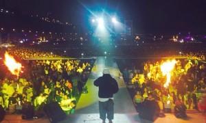 Ñejo Brilla En Perú y Colombia